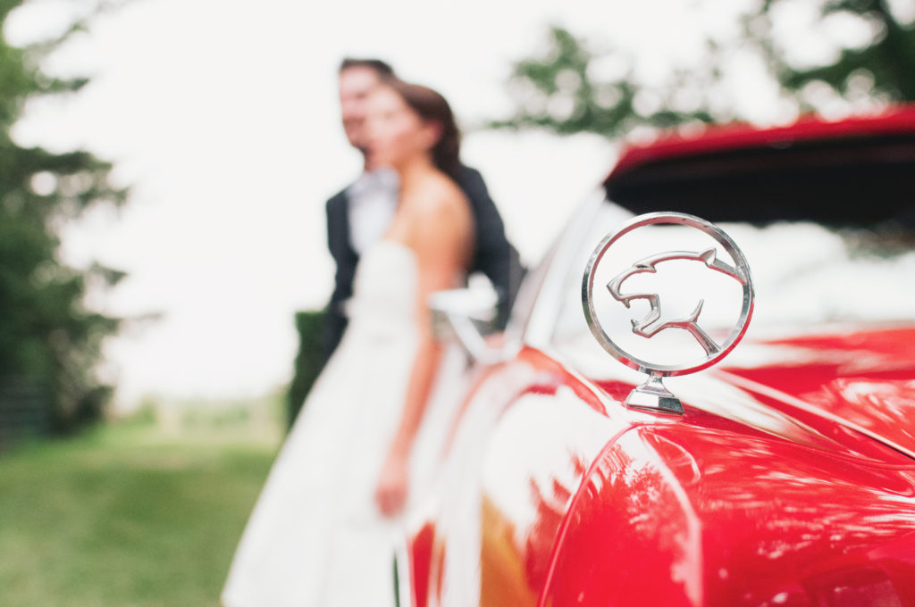 wedding-couple-jaguar