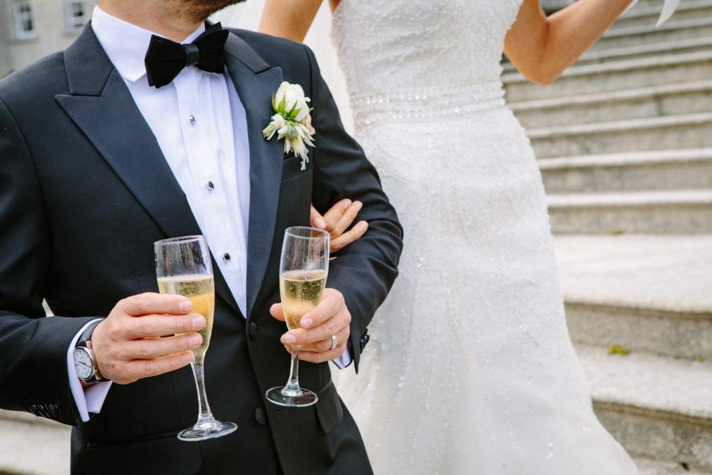 bride-groom-champagne-celebrate